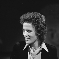 Gilbert O'sullivan photo