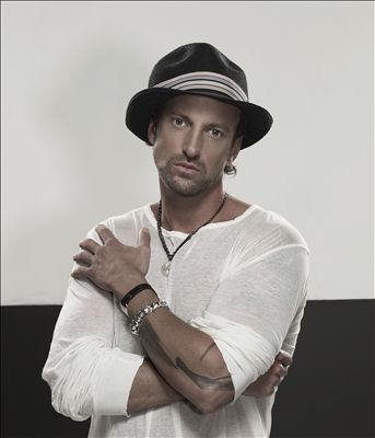 Daniel Powter photo