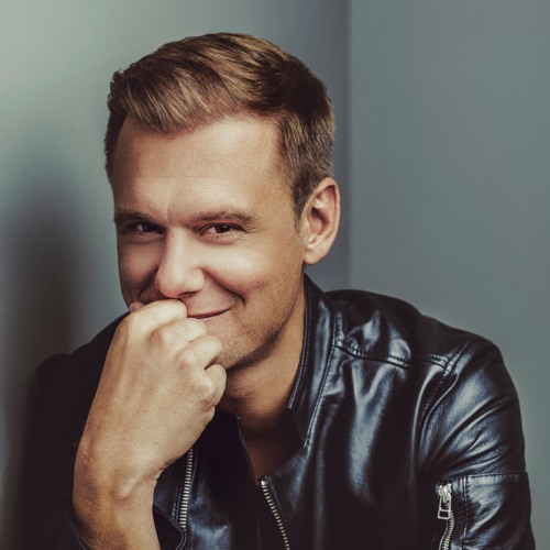 Armin Van Buuren photo