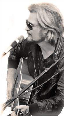 Daryl Hall photo