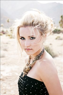 Emily Osment photo