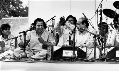 Rahat Fateh Ali Khan photo
