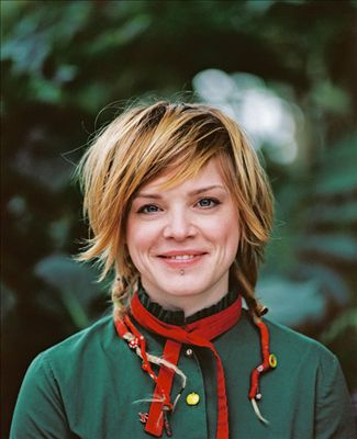 Wallis Bird photo