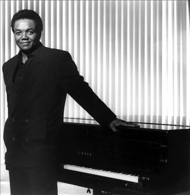 Lamont Dozier photo