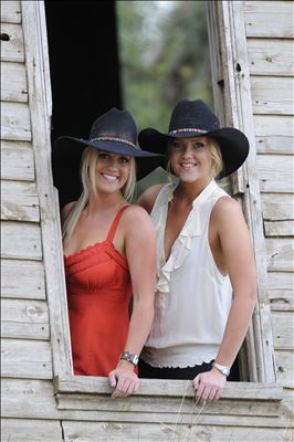 The Sunny Cowgirls photo