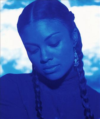Amel Larrieux photo