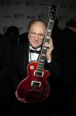 Les Paul photo