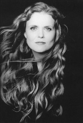 Tierney Sutton photo