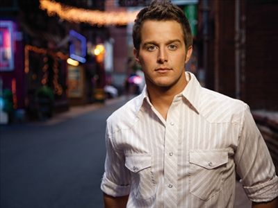 Easton Corbin photo