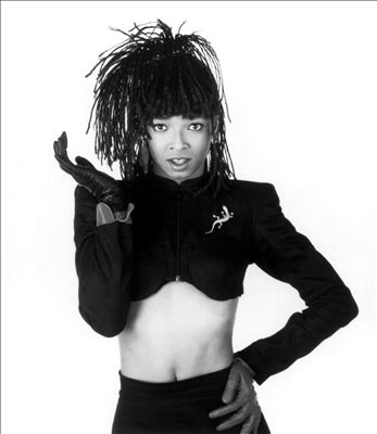 Siedah Garrett photo