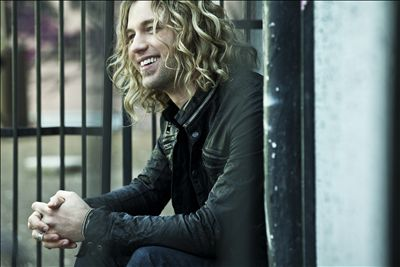 Casey James photo