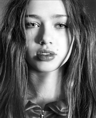 Skye Sweetnam photo