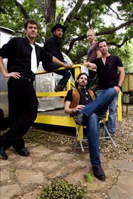 Micky & The Motorcars photo