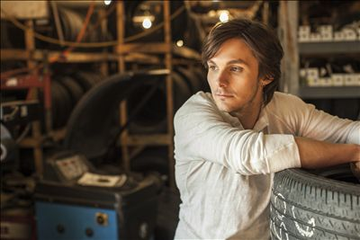 Charlie Worsham photo