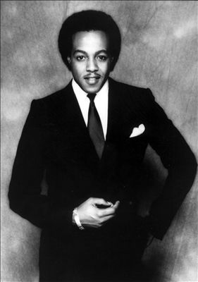 Peabo Bryson photo