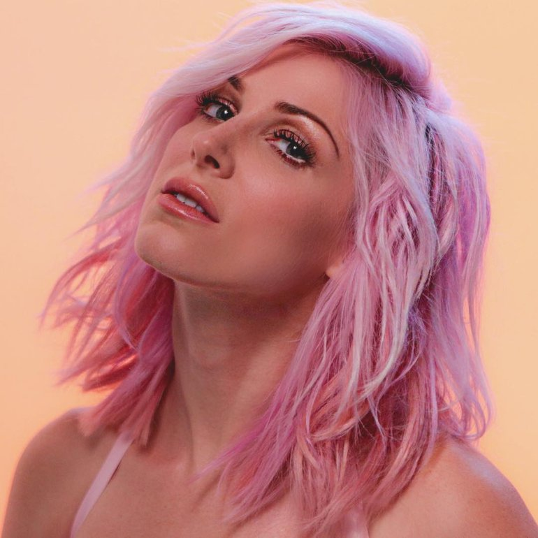 Bonnie McKee photo